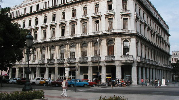 Manzana de Gómez donde se ubicará el hotel que construye el grupo Bouygues. (CC)