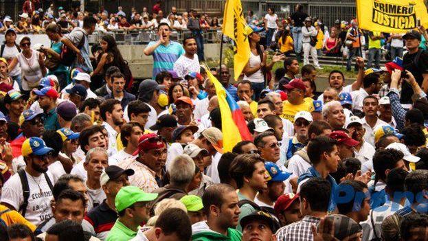 Marcha de la oposición venezolana este lunes. (@unidadvenezuela)