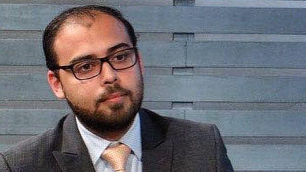 Marco Trejo, asesor político de la coalición opositora Mesa de la Unidad Democrática, puesto en libertad este lunes. (@CarlosOcariz)