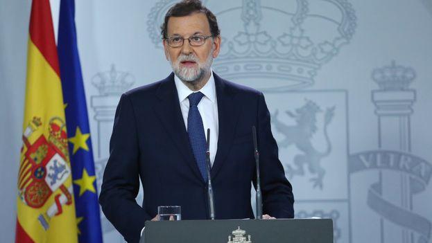 Mariano Rajoy en su declaración institucional posterior al Consejo de Ministros extraordinario por la situación en Cataluña. (Moncloa)