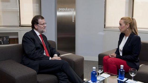 Mariano Rajoy y Lilian Tintori durante su reunión en Madrid. (La Moncloa)