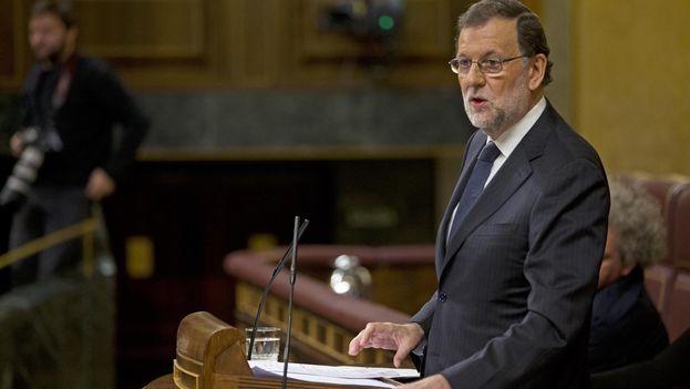 Mariano Rajoy se dirige a la bancada socialista en su turno de réplica del debarte de investidura este jueves. (@desdelamoncloa)