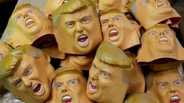 Máscaras del presidente norteamericano Donald Trump. (EFE)