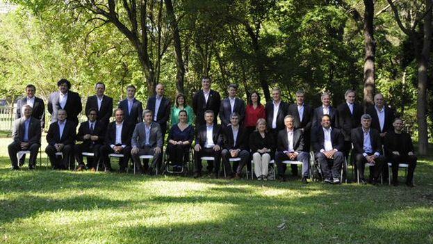 Mauricio Macri presenta a su equipo distribuyendo esta foto en las redes sociales. (@mauriciomacri)