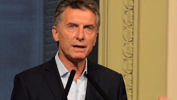 Mauricio Macri tuvo que negociar más fondos para las provincias y la reforma generó fuertes disturbios, dejando claro que el ajuste no va a ser nada fácil. (EFE)