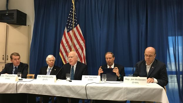 Los congresistas estadounidenses Jim McGovern, Tom Udall, Patrick Leahy y Thad Cochran (14ymedio)