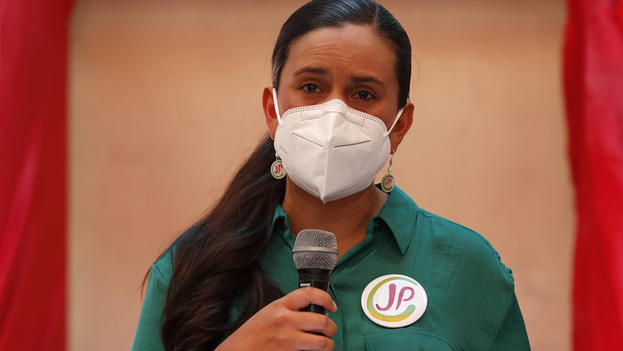 Mendoza es la candidata presidencial de Juntos por el Perú. (EFE)