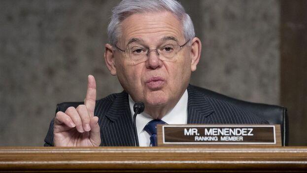 ob Menéndez, que preside el Comité de Relaciones Exteriores del Senado, presentó la resolución con los demócratas Ben Cardin y Dick Durbin y el republicano Marco Rubio. (EFE)