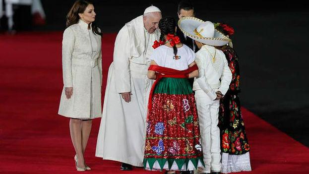 México recibió al papa Francisco en su primera visita al país, marcada por una intensa agenda y grandes expectativas. (EFE)