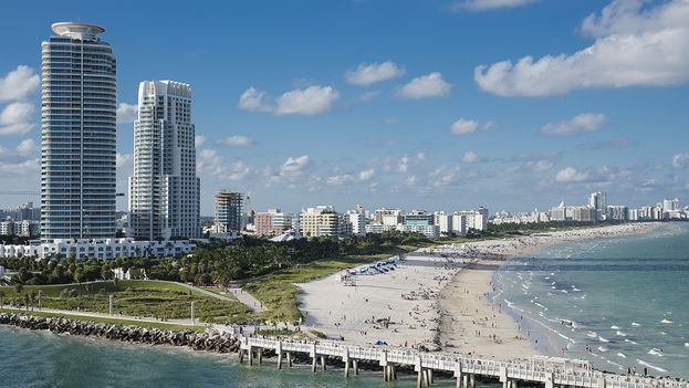 Miami Beach, Florida. (CC)