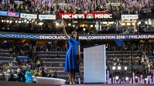 Michelle Obama en Filadelfia, donde ofreció un emotivo discurso de apoyo a Clinton. (@HillaryClinton)