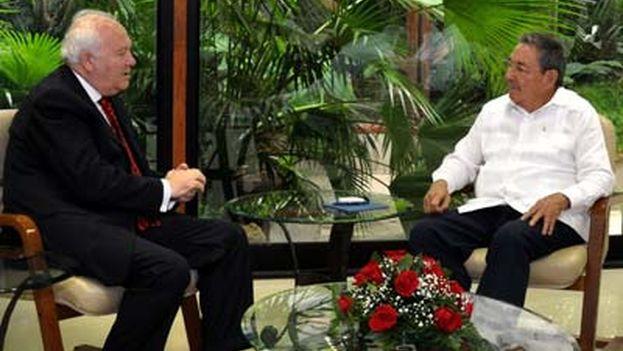 El último viaje a Cuba del ministro de Exteriores español, Miguel Ángel Moratinos, en 2010. (EFE)