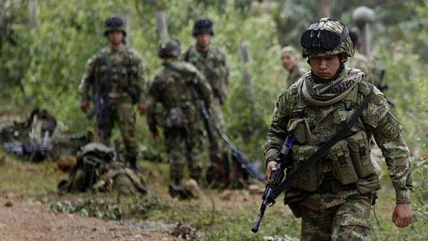 Militares colombianos en campaña. (EFE)