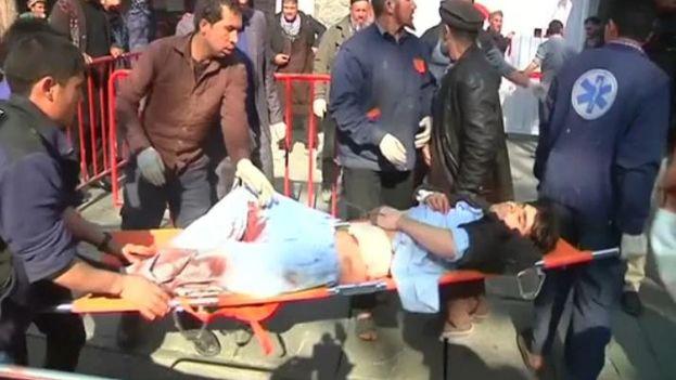 La explosión se produjo alrededor de las 12.50, hora local, en las proximidades del antiguo Ministerio del Interior de Kabul, Afganistán. (Youtube)