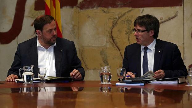 El Ministerio Público se ha querellado este lunes contra Carles Puigdemont y el resto de su Gobierno por delitos de rebelión, sedición y malversación. (EFE)