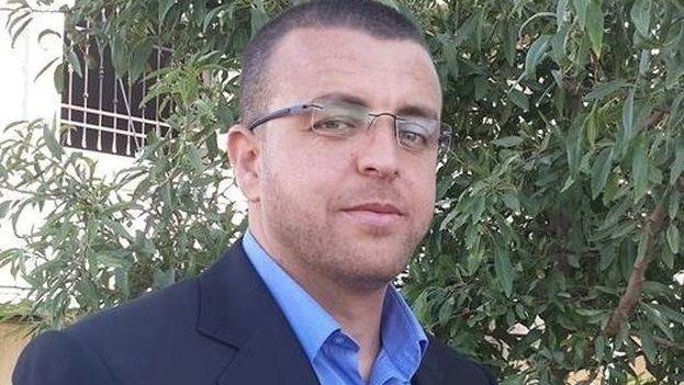 Mohamad Al Qeiq ha perdido 13 kilos capacidad auditiva y de visión y su estado de salud se ha deteriorado enormemente