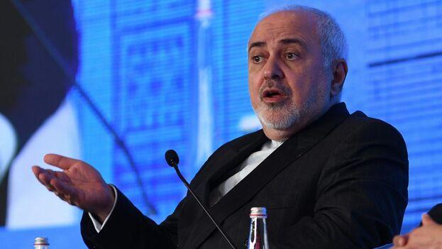 """El jefe de la diplomacia iraní, Mohamad Yavad Zarif, responsabilizó a la Administración estadounidense sobre """"las consecuencias de cualquier movimiento ilegal"""". (EFE)"""