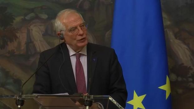 Momento en que el jefe de la diplomacia europea se pronuncia sobre Cuba durante su visita a Rusia. (Captura)