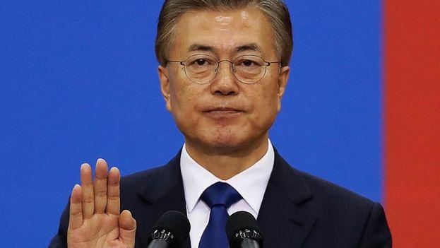 El nuevo presidente surcoreano, el liberal Moon Jae-in, ha tratado de mejorar los lazos con Corea del Norte. (EFE)