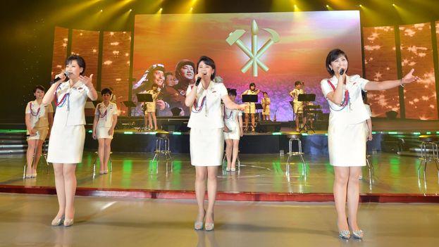 La banda Moranbong Band en un concierto a las Fuerzas Armadas de Korea del Norte. (Youtube)