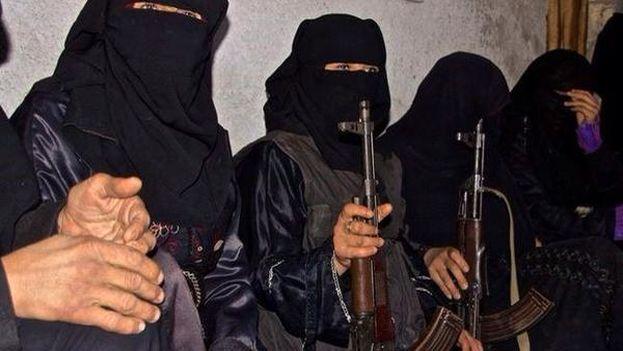 Mujeres de la brigada femenina de Al Jansa. (Twitter)