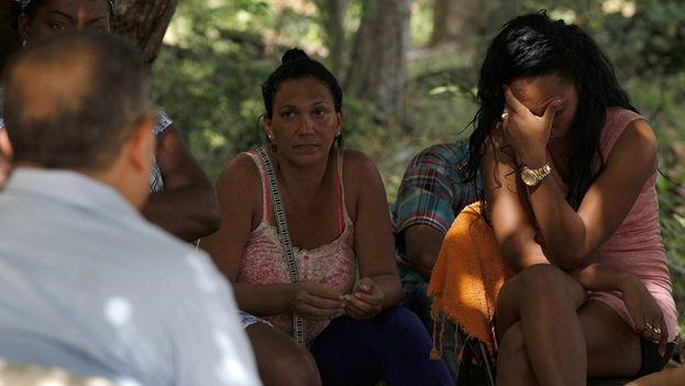 Mujeres cubanas varadas en su travesía a Estados Unidos. (Archivo)