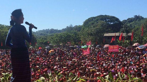NLD, formación política liderada por la premio Nobel de la Paz, Aung San Suu Kyi, tiene la mayoría suficiente para elegir el próximo presidente del país. (Facebook)