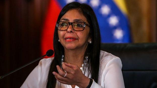 """La presidenta de la Asamblea Nacional Constituyente, la excanciller Delcy Rodríguez, dijo que Venezuela responderá """"con votos"""" a las amenazas internas y externas. (EFE)"""