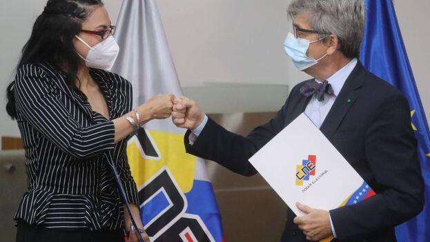 El Consejo Nacional Electoral de Venezuela firmó un acuerdo con la Unión Europea para supervisar las elecciones de noviembre. (EFE)