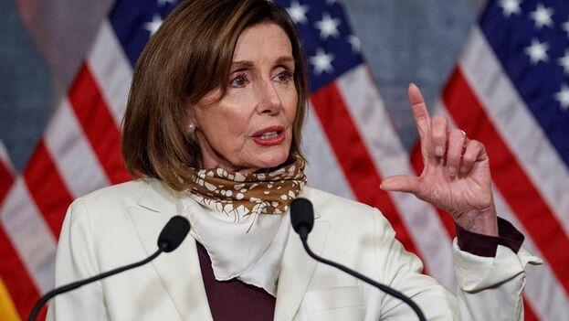 """Nancy Pelsoi, explicó que el nuevo órgano """"se asegurará de que las inversiones históricas de los contribuyentes se usan de manera sabia y eficiente, y de que nadie les está estafando"""". (EFE)"""