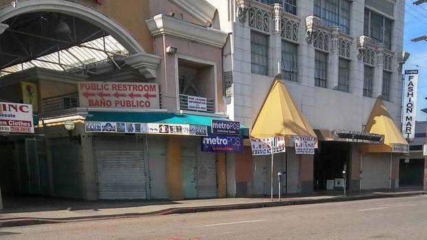 Negocios cerrados en Los Ángeles, California. (Twitter)