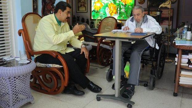Nicolás Maduro reunido con Fidel Castro en La Habana. (@NicolasMaduro/Twitter)