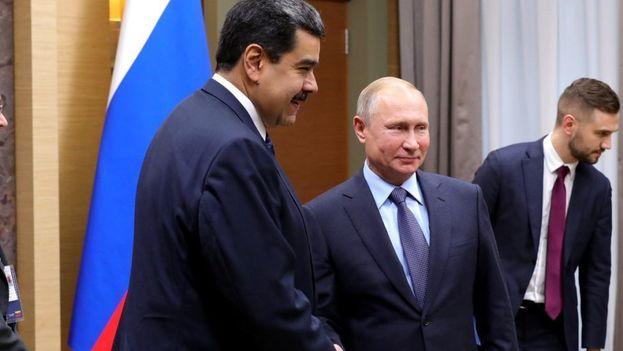 Nicolás Maduro viajó a Moscú en busca de ayuda económica de parte del Gobierno de Vladímir Putin. (EFE)