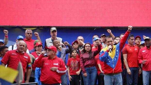 El canciller de Nicolás Maduro, Jorge Arreaza, durante una manifestación en Caracas. (@jaarreaza)