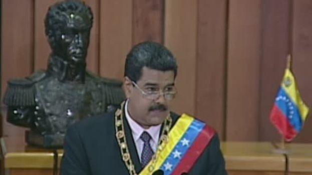 Nicolás Maduro durante su discurso en la presentación de la memoria y cuanta de 2016. (@PSUV)
