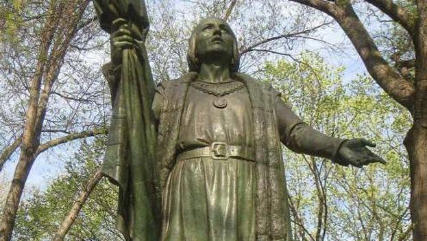 En el parque central de Nueva York hay una estatua de Cristobal Colón que peligra, asegura el autor. (Wikimedia)