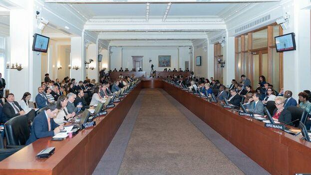 La OEA aprobó la resolución con 19 votos a favor, 4 en contra, 6 abstenciones y 5 ausentes. (OEA_oficial)