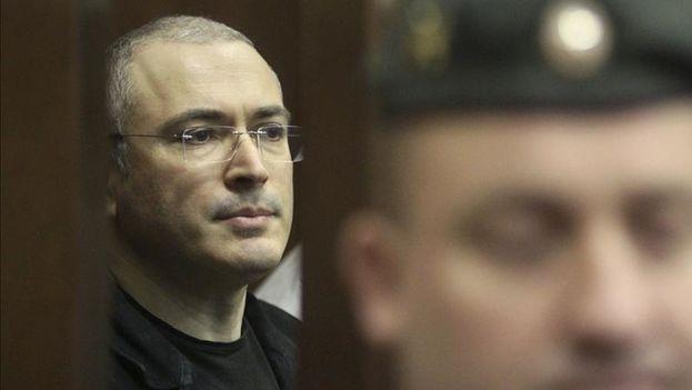 La ONG fue fundada por el oligarca Jodorkovski, exiliado en el extranjero desde que en 2013 salió de prisión indultado por el presidente Vladímir Putin. (EFE)
