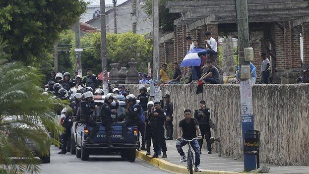 """Según la ONU, la violencia policial a veces se traduce en ejecuciones extrajudiciales, desapariciones forzadas, detenciones arbitrarias y generalizadas, torturas y malos tratos"""". (EFE)"""