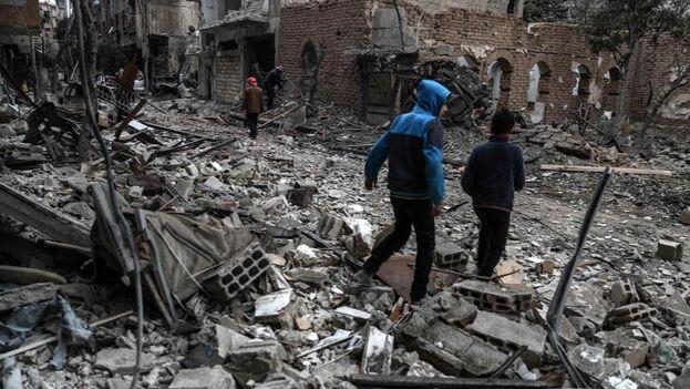 El Observatorio Sirio de Derechos Humanos estima que 384.000 las personas han muerto desde que comenzó la guerra. (EFE)