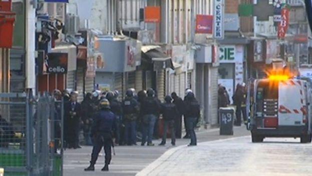 Operación policial en Saint-Denis con el objetivo de capturar al presunto cabecilla de los atentados