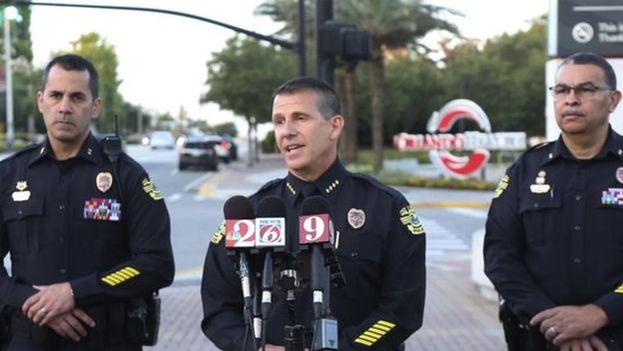La policía de Orlando intentó intervenir en el suceso, pero cuando logró entrar los cuatro menores y el presunto homicida ya estaban muertos. (EFE)