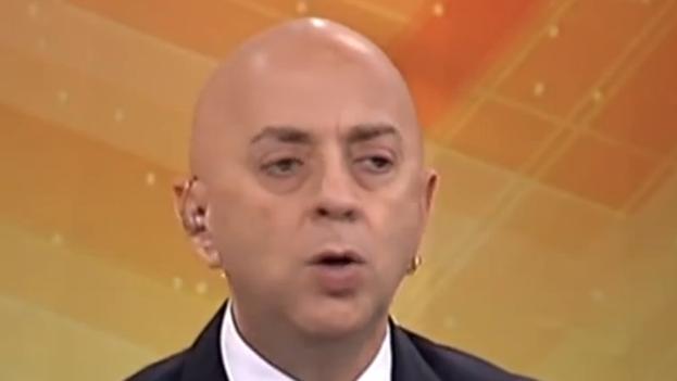 Un fotograma de Osvaldo Fructuoso en AméricaTevé.