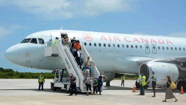 los canadienses solo deberán hacerse PCR de llegada en la Isla completamente gratis, una excepción que no tiene ningún otro país hasta la fecha. (Prensa Latina)