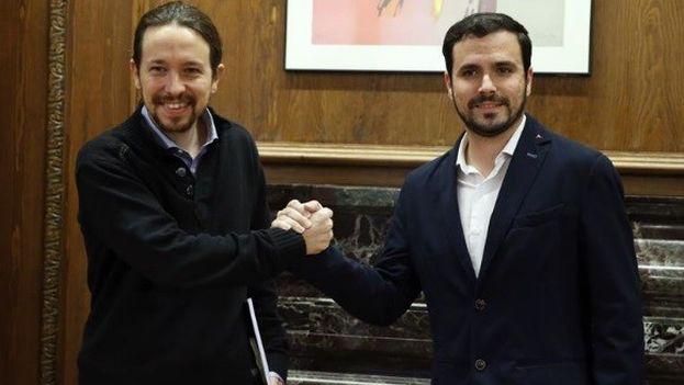 Pablo Iglesias y Alberto Garzón. (EFE)