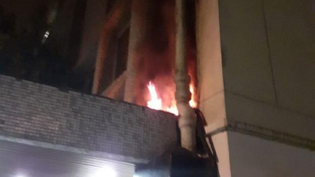 Cuando los bomberos de París llegaron a la embajada, el fuego había sido sofocado. (Embajada de Cuba)