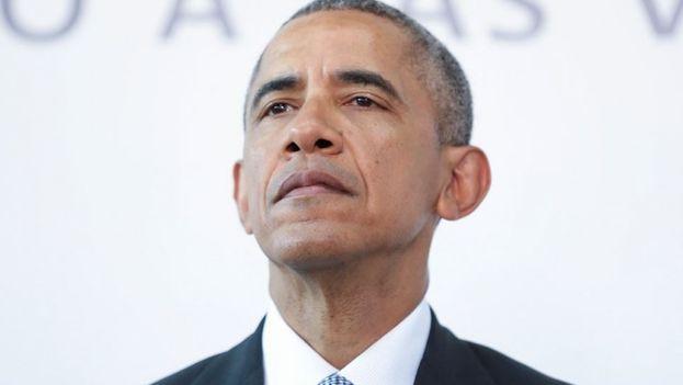 El presidente de Estados Unidos Barack Obama, durante una visita al Parque de la Memoria en Buenos Aires, Argentina. (EFE)