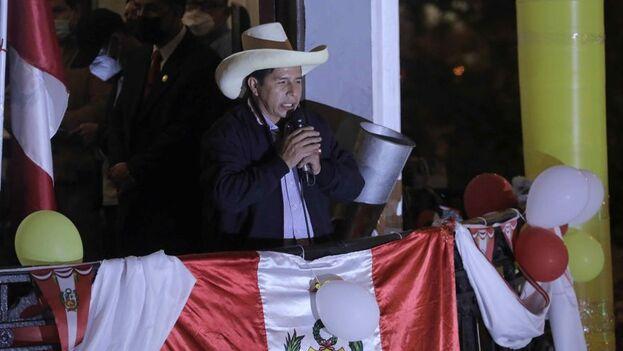 El candidato presidencial Pedro Castillo, este 7 de junio desde su local de campaña en Lima (Perú). (EFE/Harold Mejía)