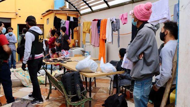 La mayoría de los arrestos se realizaron el pasado 29 de septiembre por la Policía de Investigaciones de Chile. (Amy Franklin/The Clinic)