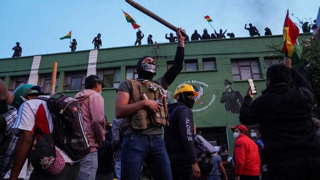 La Policía se amotinó en las principales ciudades del país. (EFE)